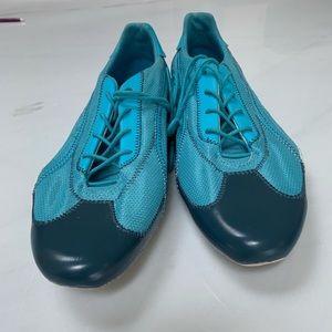 Puma athletic ( cycling) shoe NWT